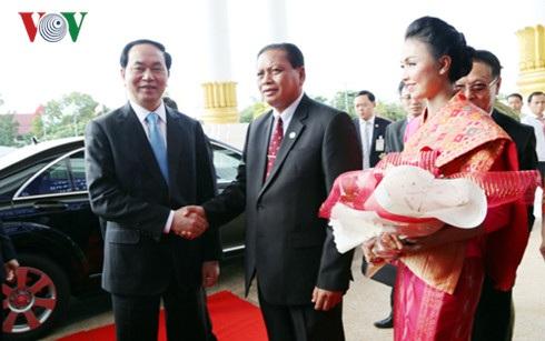 Tỉnh trưởng Champasack chào đón Chủ tịch nước Trần Đại Quang