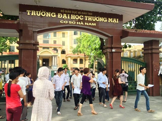 Điểm thi tại trường ĐH Thương Mại (ảnh Việt Linh)