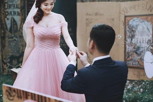 """Bộ ảnh cưới ở """"xứ sở thần tiên"""" của cặp đôi Hà thành - 20"""