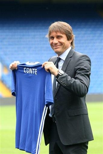Chiếc áo đấu mang tên Conte