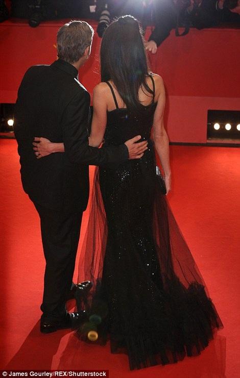 Vợ chồng George và Amal thật đẹp đôi và cuốn hút bên nhau.