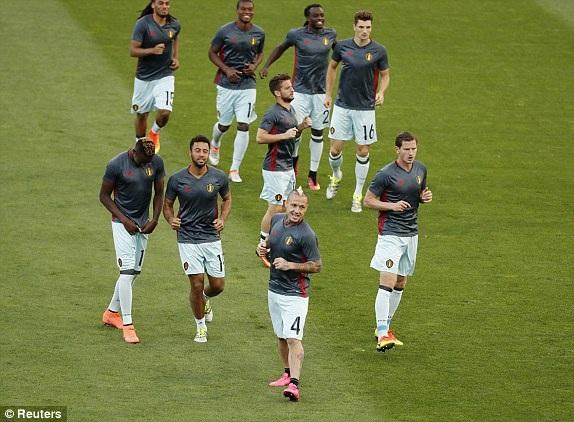 Hungary 0-4 Bỉ: Những phút cuối rực rỡ - 9
