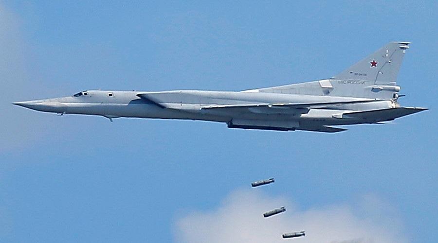 Máy bay ném bom chiến lược Tu-22M3 của Nga (Ảnh: Sputnik)