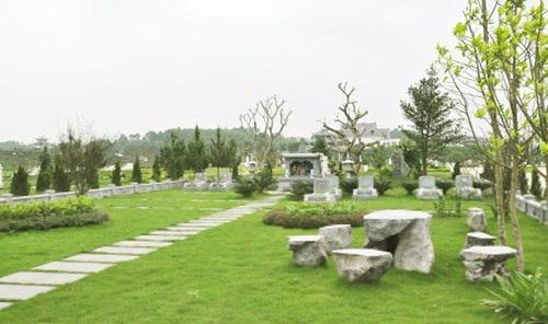 Dù mộ đơn hay khu mộ gia đình, đều phải tuân thủ về mật độ, chiều cao, phần cây xanh… đảm bảo đồng bộ.