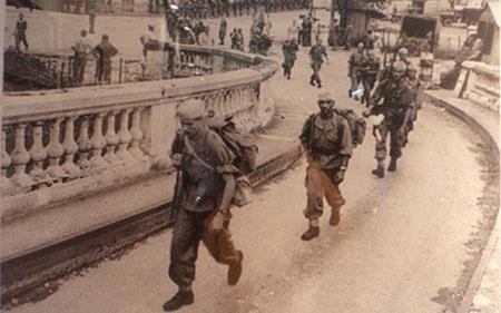 Đoàn quân lê dương ở Việt Nam.