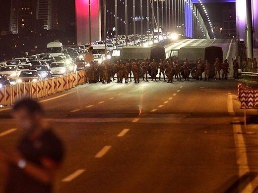 """Gulen - người bị tố đang ở Mỹ """"giật dây"""" đảo chính Thổ Nhĩ Kỳ là ai? - 3"""
