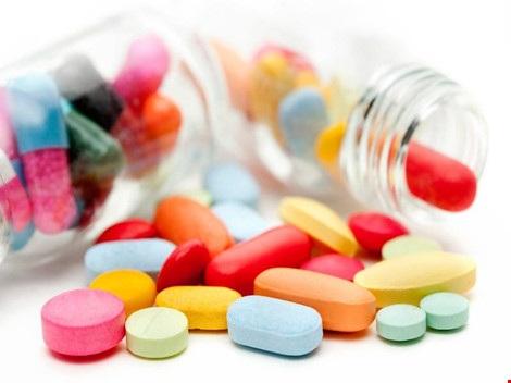 Một số loại thuốc cũng làm da dễ bắt nắng, cháy nắng hơn. Hình minh họa