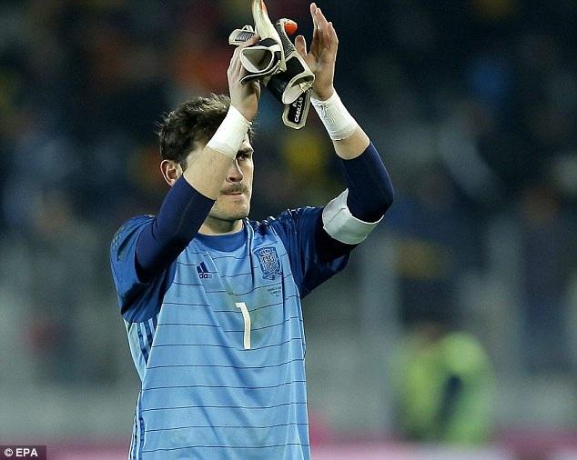 Iker Casillas đã có hơn 700 phút giữ sạch lưới khi thi đấu cho đội tuyển quốc gia