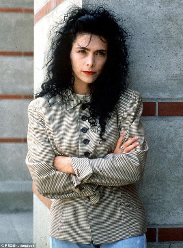 Lori Anne Allison – người vợ đầu tiên của Johnny Depp khẳng định, ngôi sao nổi tiếng là một người hiền lành và không bao giờ ra tay với phụ nữ.