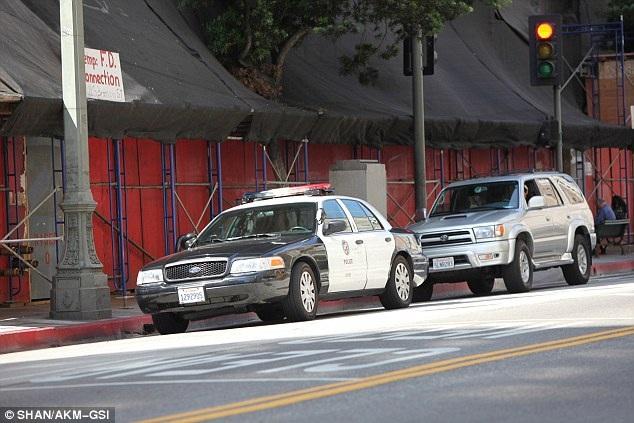 Amber Heard gọi cảnh sát vì Johnny Depp cử người tới nhà - 3