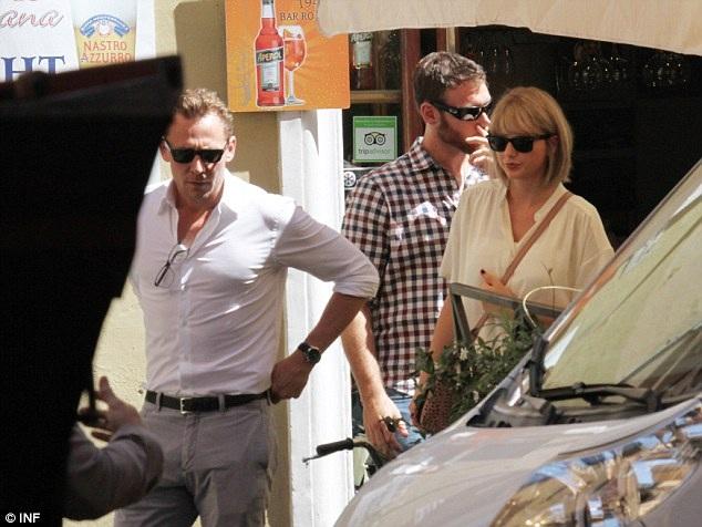 Gu thời trang tình nhân tone-sur-tone của Taylor Swift và Tom Hiddleston - 7