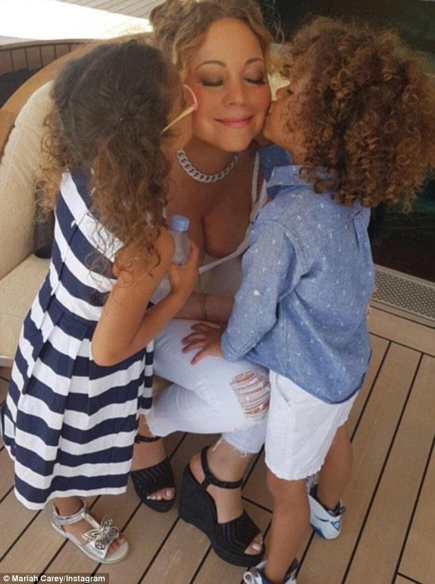 Mariah còn đưa hai con riêng đi cùng tới Ý trong chuyến đi nghỉ lần này với chồng tương lai.