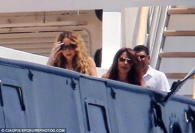 Mariah Carey quấn quýt không rời tỉ phú người Úc - 6