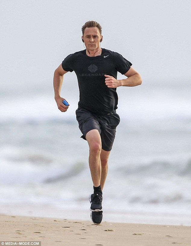 Nam diễn viên người Anh còn là ứng viên sáng giá cho vai diễn điệp viên 007 trong tập phim mới.