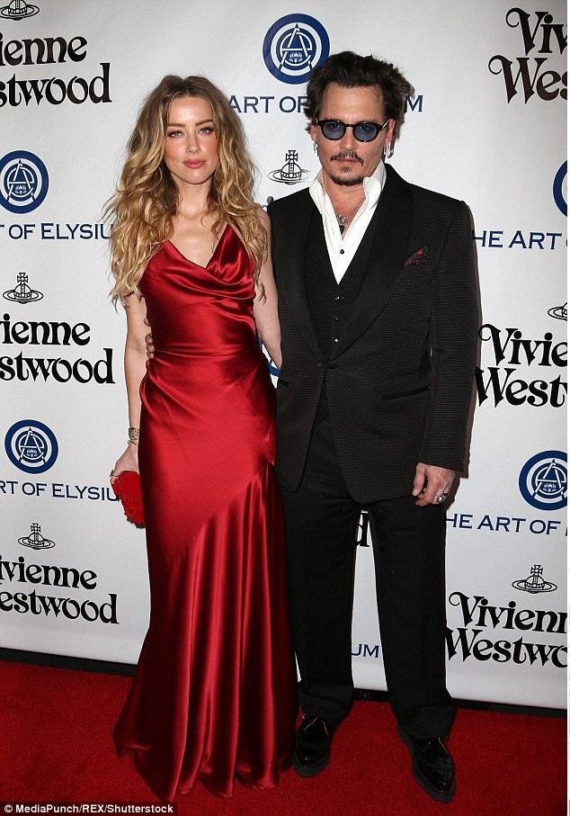 Amber Heard và Johnny Depp từng có cuộc hôn nhân dài 15 tháng.