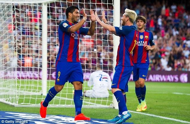 Niềm vui chiến thắng của các cầu thủ Barcelona và họ đã giành Gamper Cup