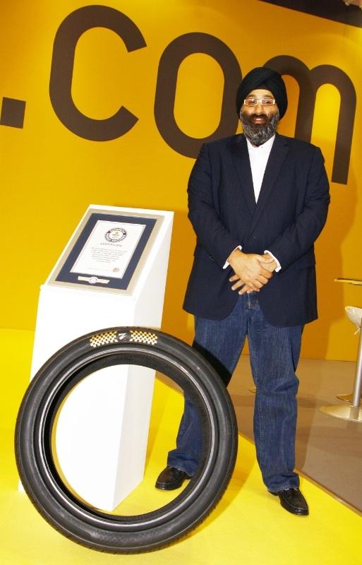 600.000 USD cho bộ lốp ô tô đắt nhất thế giới - 2