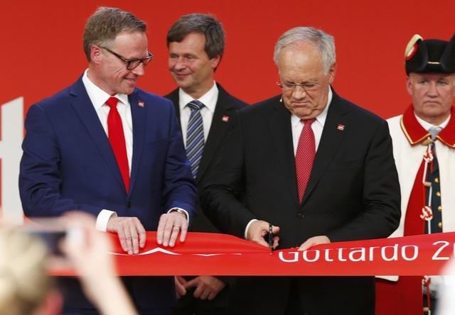 Sau 17 năm xây dựng với tổng kinh phí 12,5 tỷ USD, đường hầm Gotthard đã được đưa vào sử dụng kể từ ngày 1/6.