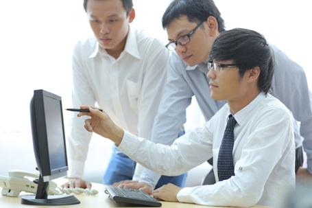 Với các sinh viên ngành Công nghệ thông tin, đồ án tốt nghiệp được thực hiện vào năm cuối sẽ cho các em cơ hội làm việc với các khách hàng là các doanh nghiệp lớn trong lĩnh vực IT. Thông qua đó, mở ra nhiều cơ hội việc làm.