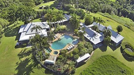 Nhà mới ở vùng vịnh Byron của Chris Hemsworth cũng lộng lẫy không kém