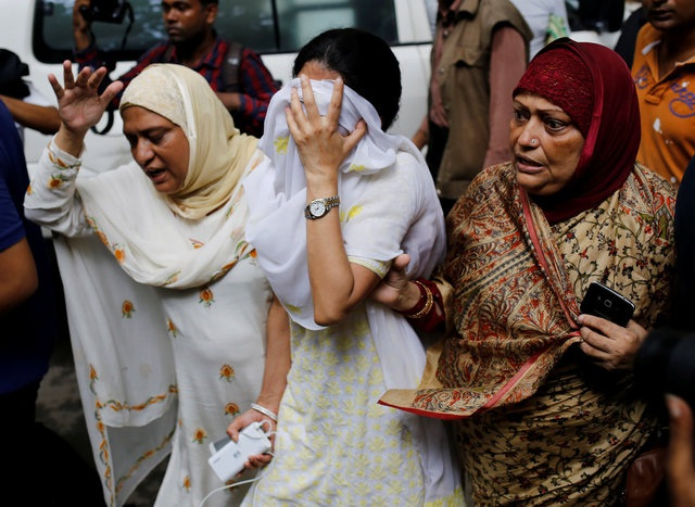Vụ tấn công khủng bố đẫm máu đã gây sốc tại thủ đô Dhaka (Ảnh: Reuters)