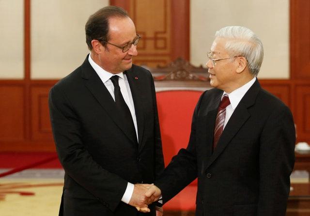 Tổng Bí thư Nguyễn Phú Trọng tiếp Tổng thống Pháp Hollande chiều ngày 6/9. (Ảnh: AFP)