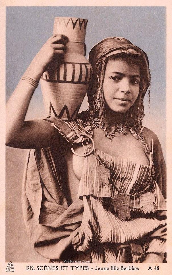 Em gái người Berbere