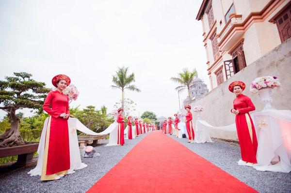 Đám cưới tiền tỷ rước dâu bằng máy bay của cô gái Nam Định - 7