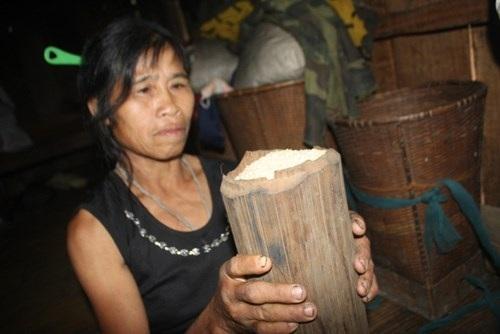 Tre được dân làng dùng để cất giữ lương thực, chống được mối mọt rất tốt.