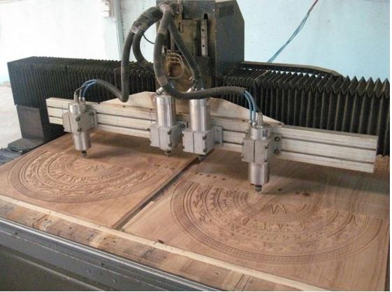Chạm khắc gỗ bằng công nghệ cao - CNC