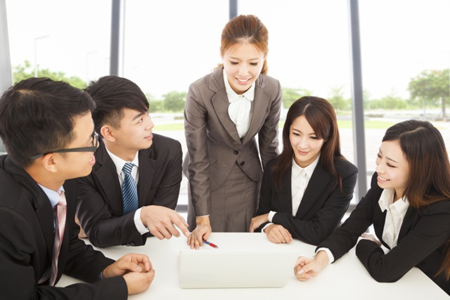 Dịch chuyển lao động trong AEC: Nhân sự Việt cần 5-10 năm để hoàn thiện - 1