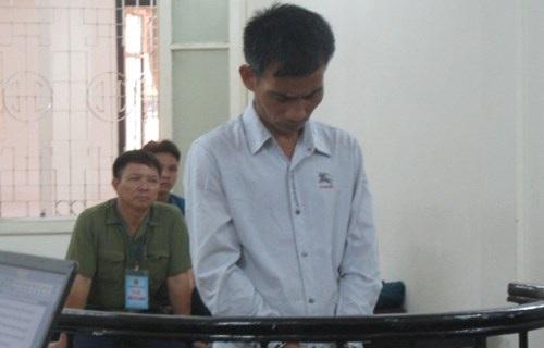 Bị cáo Bùi Công Hùng tại phiên tòa