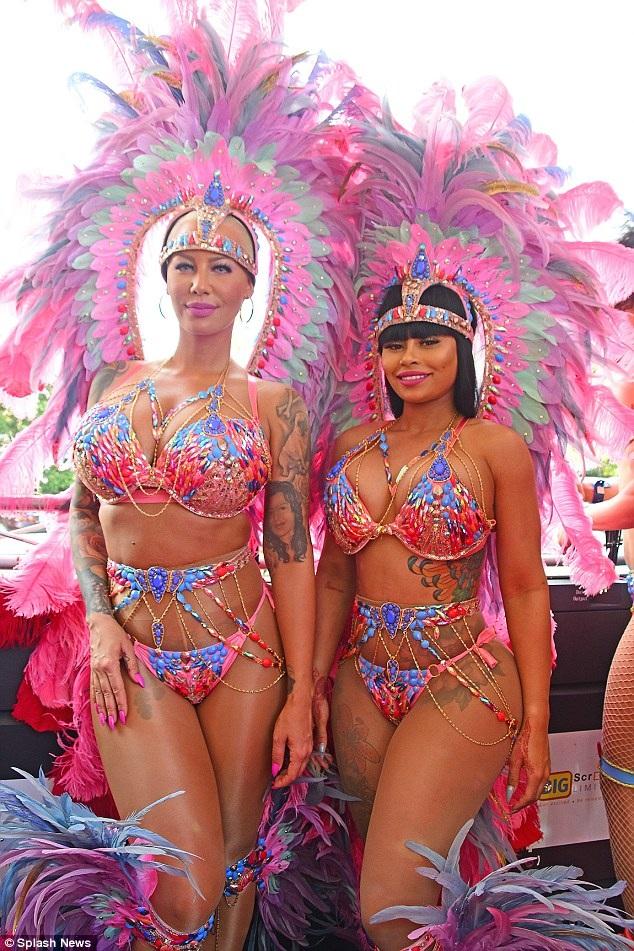 Blac Chyna và Amber Rose được trả cát sê lớn để tham dự lễ hội Carnival diễn ra ở Trinidad và Tobago ngày 10/2