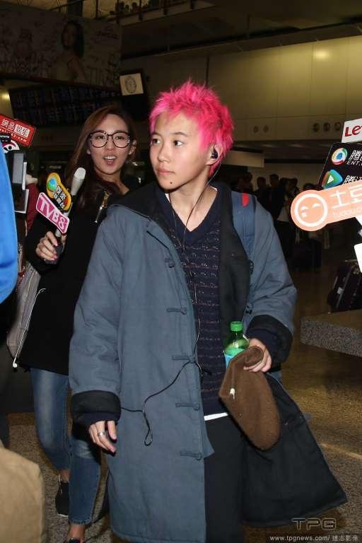 Leah Dou có mặt tại Hồng Kông lần này để chuẩn bị đón sinh nhật lần thứ 19.