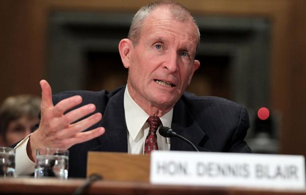 Cựu Đô đốc hải quân Mỹ Dennis Blair. (Ảnh: Getty)