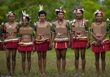 """Khám phá bộ tộc khuyến khích nữ giới tự do làm """"chuyện ấy"""" - 5"""