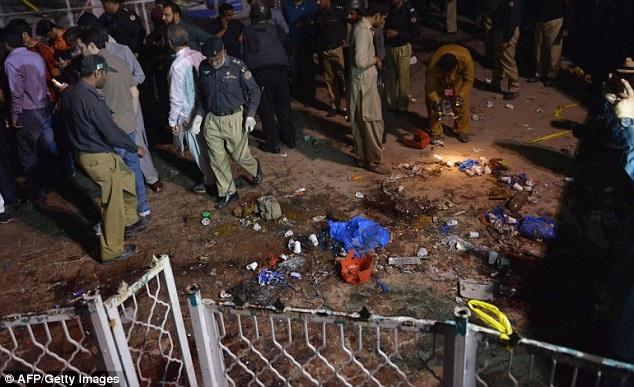 Một quan chức cảnh sát khác cho biết, đây nhiều khả năng là một vụ đánh bom liều chết. (Ảnh: AFP)