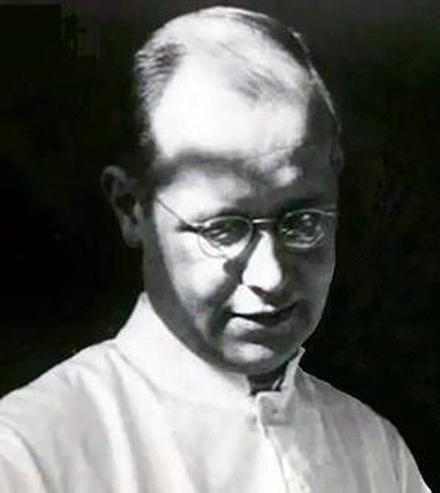 Bác sĩ Ernst-Günther Schenck.