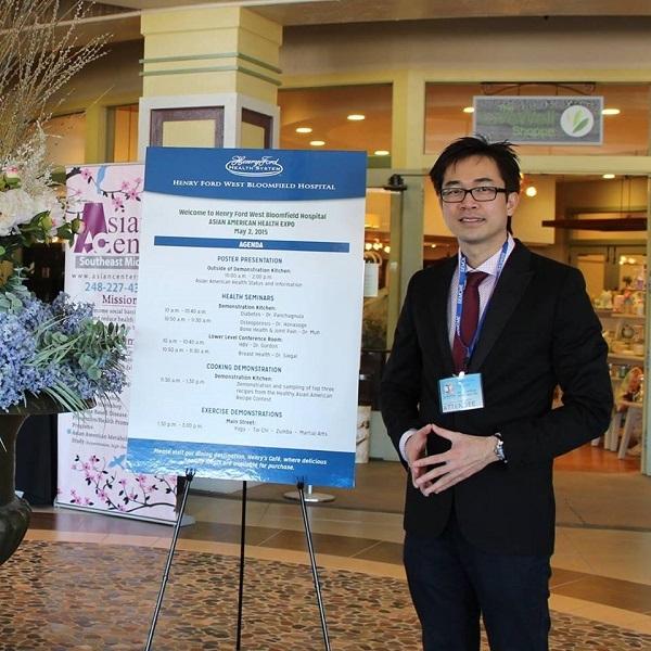 Bác sĩ Mỹ gốc Việt Wynn Tran trong một cuộc hội thảo ngành y.