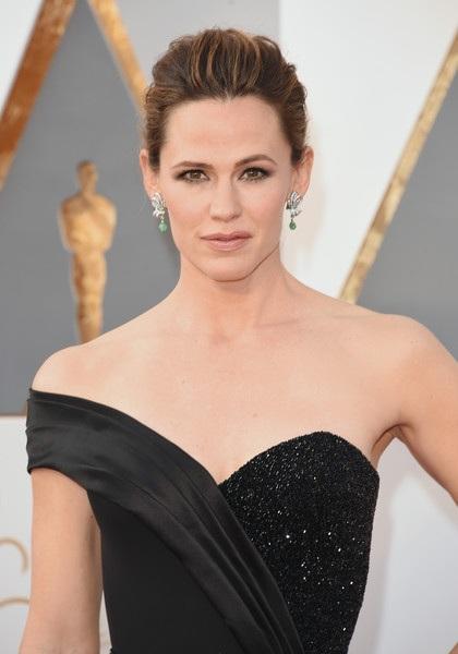 Jennifer Garner một mình dự sự kiện