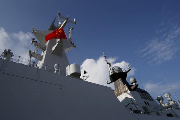 Một tàu chiến Trung Quốc. (Ảnh minh họa: Reuters)