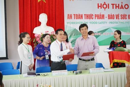 Ký kết chuyển giao công nghệ với UBND TP. Tam Kỳ (Quảng Nam).