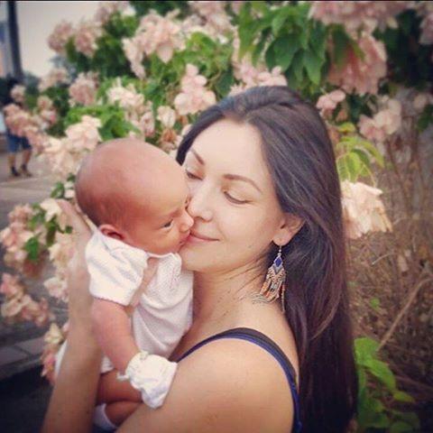 Natalie Glebova định cư tại Thái Lan đã lâu, cô yêu đất nước này và coi như quê hương thứ 2