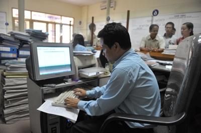 Căn cứ để xếp lương khi tuyển dụng vào công chức - 1