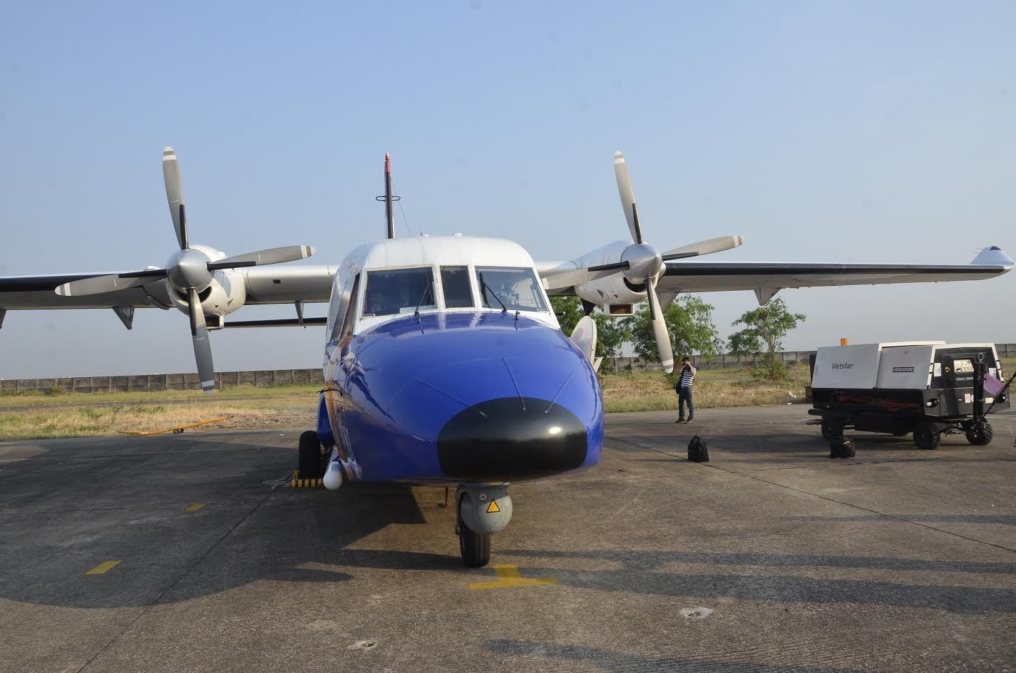 Máy bay CASA 212