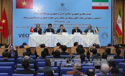Quang cảnh Diễn đàn Doanh nghiệp Việt Nam – Iran - Ảnh TTXVN