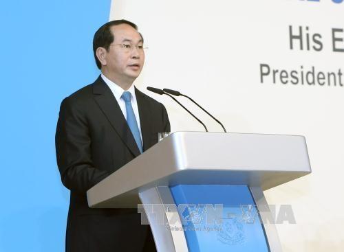 Chủ tịch nước Trần Đại Quang đến dự và phát biểu tại Diễn đàn Singapore Lecture 38 do Viện Nghiên cứu Đông Nam Á (ISEAS) tổ chức. Ảnh: Nhan Sáng-TTXVN