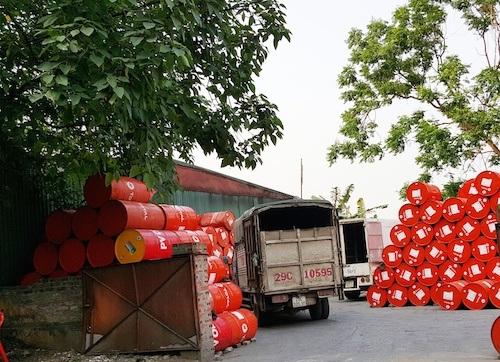 Mục sở thị những bất cập quanh cảng Hà Nội khiến người dân bức xúc - 3