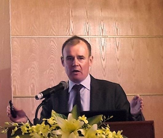 GS. John Molony - Phó Hiệu trưởng phụ trách hợp tác quốc tế, Trường Đại học Deakin