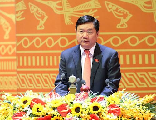 Bộ trưởng Bộ GTVT Đinh La Thăng.